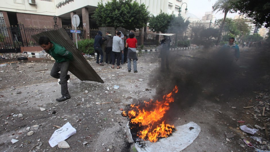Protesters clash with the Egyptian army