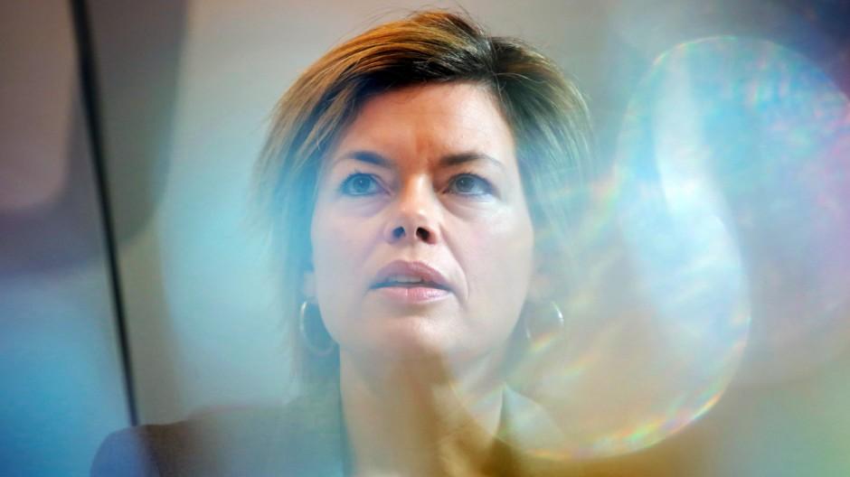 Spitzenkandidatin Julia Klöckner bei der Pressekonferenz der CDU-Fraktion in Mainz