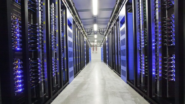 Facebook opens first data center outside the USA