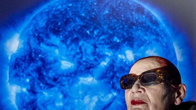 Katharina Sieverding Sonne um Mitternacht