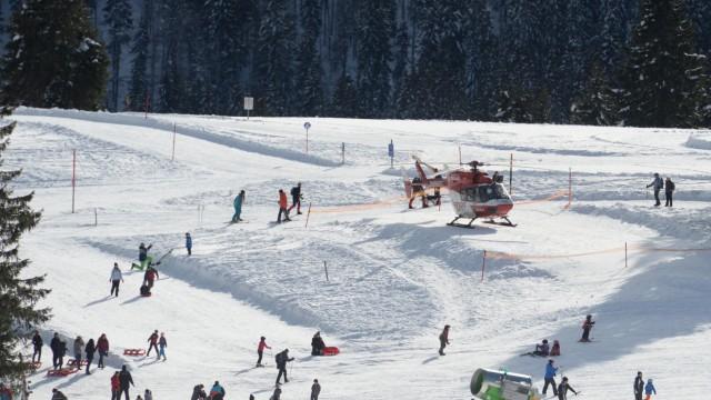Zwei Tote bei Skiunfall