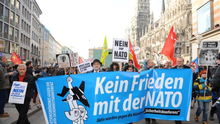 Demonstration gegen die Münchner Sicherheitskonferenz, 2014