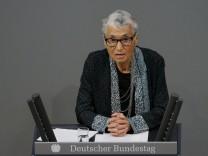 Auschwitz death camp survivor Klueger delivers a speech during a commemoration service in Reichstag in Berlin