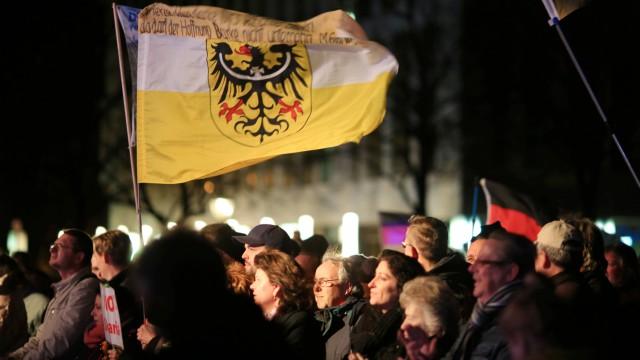 AfD Kundgebung und Gegendemonstration in Magdeburg