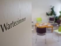 Wartezimmer in einer Hausarztpraxis