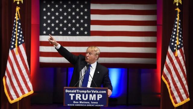 Donald Trump for the Iowa Caucus