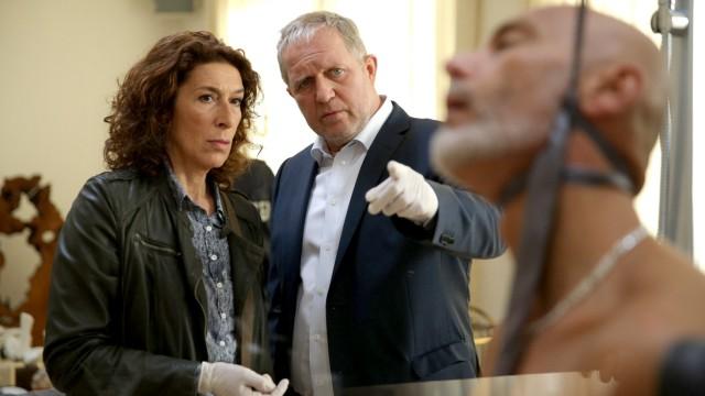 """Tatort """"Sternschnuppe"""" aus Wien, Adele Neuhauser und Harald Krassnitzer"""