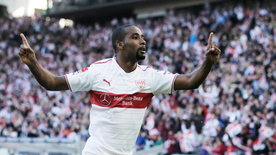VfB Stuttgart v FC Schalke 04 - Bundesliga; cacau