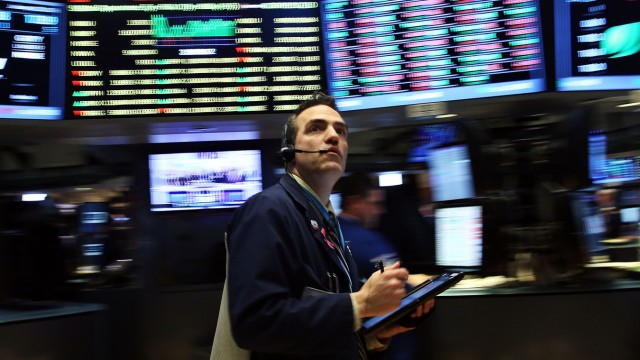 Dow Jones Industrial Averages Rises Along With Price Of Oil