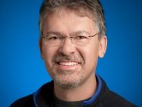 Google ernennt KI-Experten zum neuen Suchmaschinen-Chef