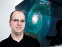 TU-Dozent Andreas Müller, der ein Buch über Zeitreisen geschrieben hat.