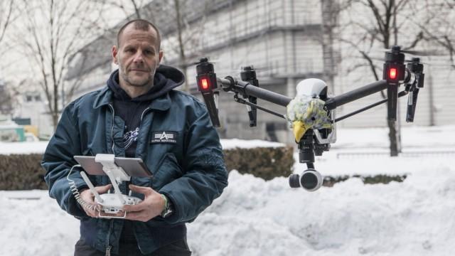 Drohnenbesitzer Herr Wölk, aufgenommen am 19.01.2016 in München