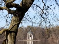 Badenburger See im Nymphenburger Schlosspark in München, 2015