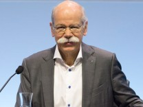 Zetsche bei Verkündung der Geschäftszahlen von Daimler
