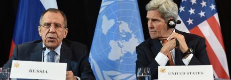 Sergej Lawrow und John Kerry auf der Münchner Sicherheitskonferenz