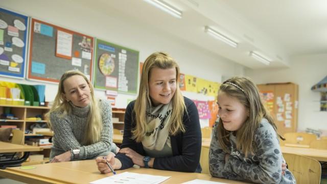 Brunnthal, Grundschule, statt Zwischenzeugnissen gibt es jetzt Gespräche,