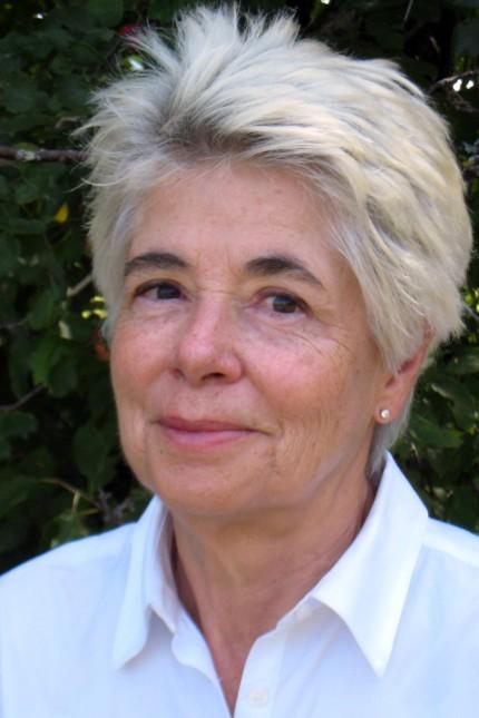 Gwenda Blair