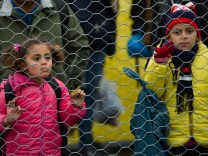 Migrants at Austrian-Slovenian border