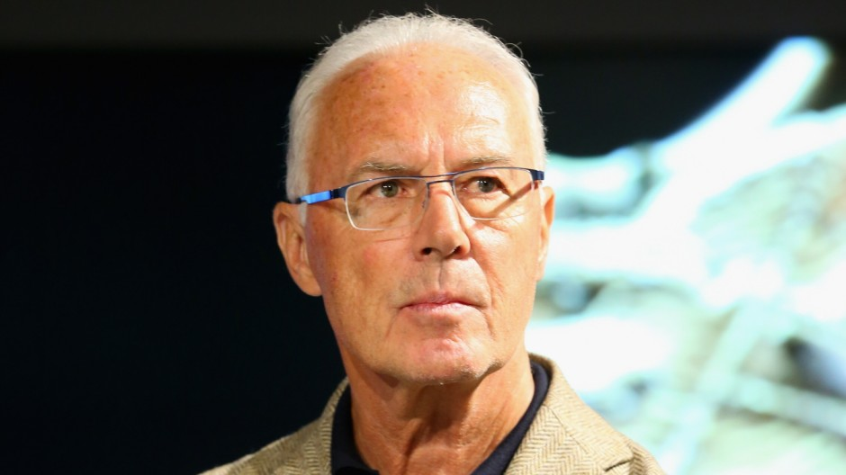 (FILE) Franz Beckenbauer Fined By Independent Ethics Committee