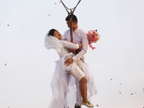 Adventure challenge wedding ceremony to celebrate Valentine's Day