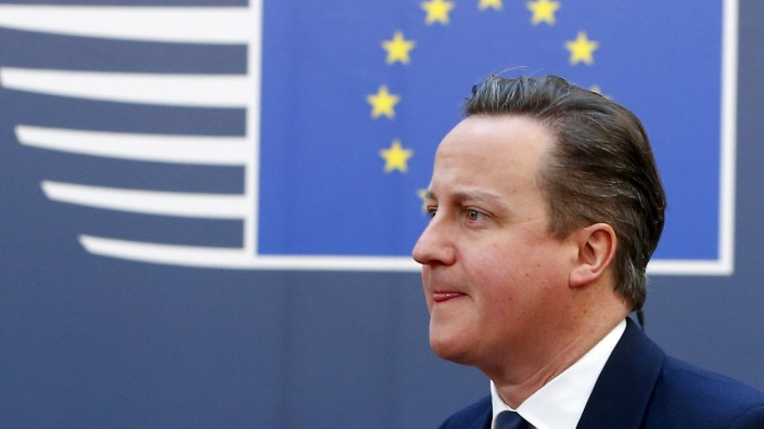 British Prime Minister David Cameron arrives at the EU council headquarters for the second day of a European Union leaders summit addressing the talks about the so-called Brexit and the migrants crisis in Brussels