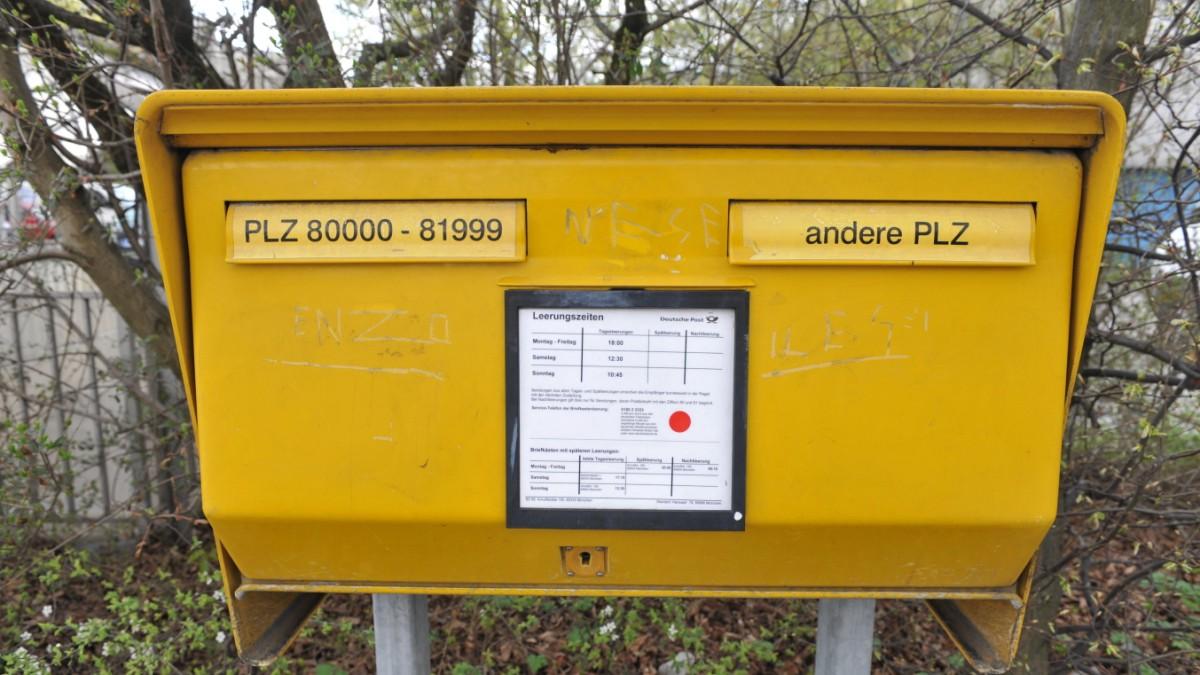 Deutsche Post Nur Noch 2000 Sonntagsbriefkästen Bayern