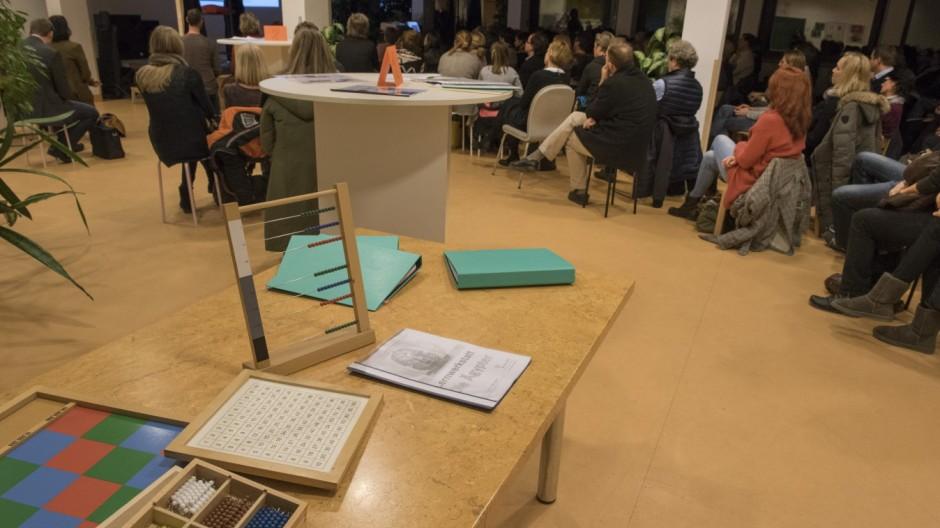 Neubiberg, Infoabend Emile Montessori Fachoberschule,
