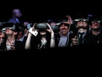 BESTPIX - New Samsung S7 Worldwide Unveiling