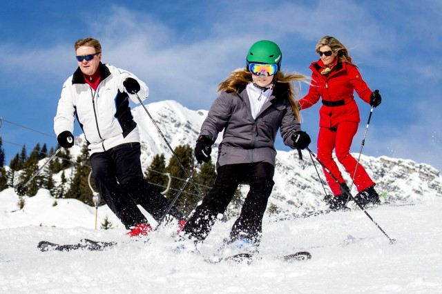 Dutch royal family skiing vacation in Lech