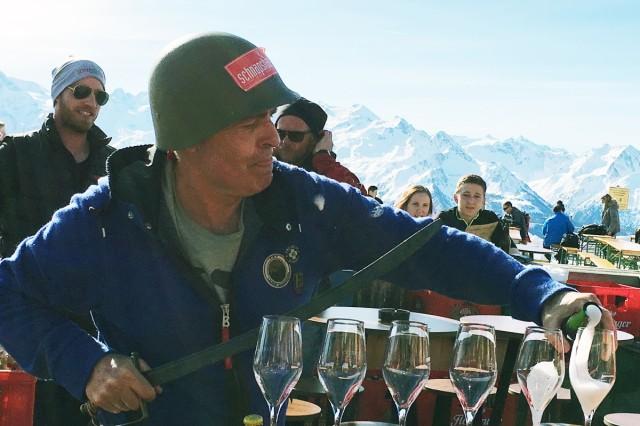 Schnapshans Schmittenhöhe Österreich Zell am See Kaprun Apres Ski Berg Hütte Alm Hotel
