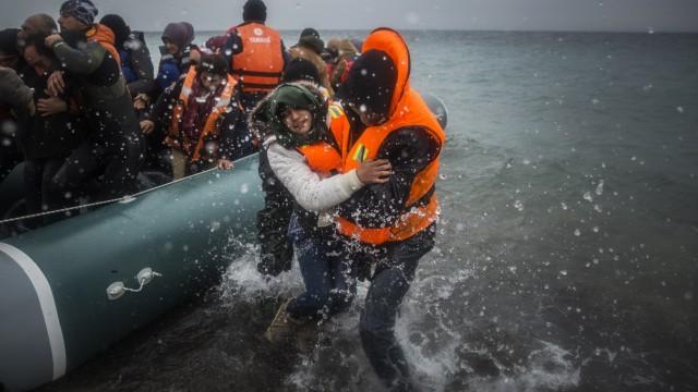 Flüchtlinge Nato-Flüchtlingspolitik