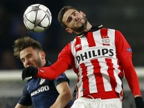 PSV Eindhoven v Atletico Madrid - UEFA Champions League Round of 16 First Leg