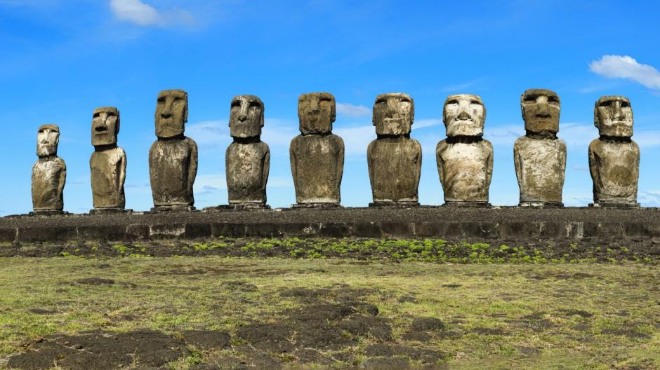 Moais am Ahu Tongariki, Nationalpark Rapa Nui, Unesco-Weltkulturerbe, Osterinsel, Chile, Südamerika