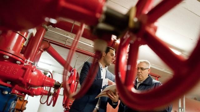 Hausmeister in XXL - Facility Manager verwalten Gebäudekomplexe