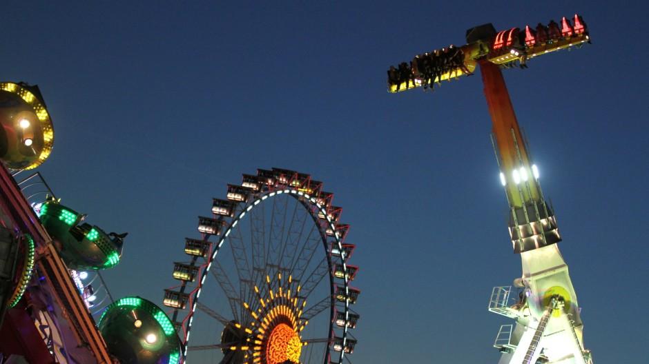 Abendstimmung auf dem Münchner Oktoberfest, 2014