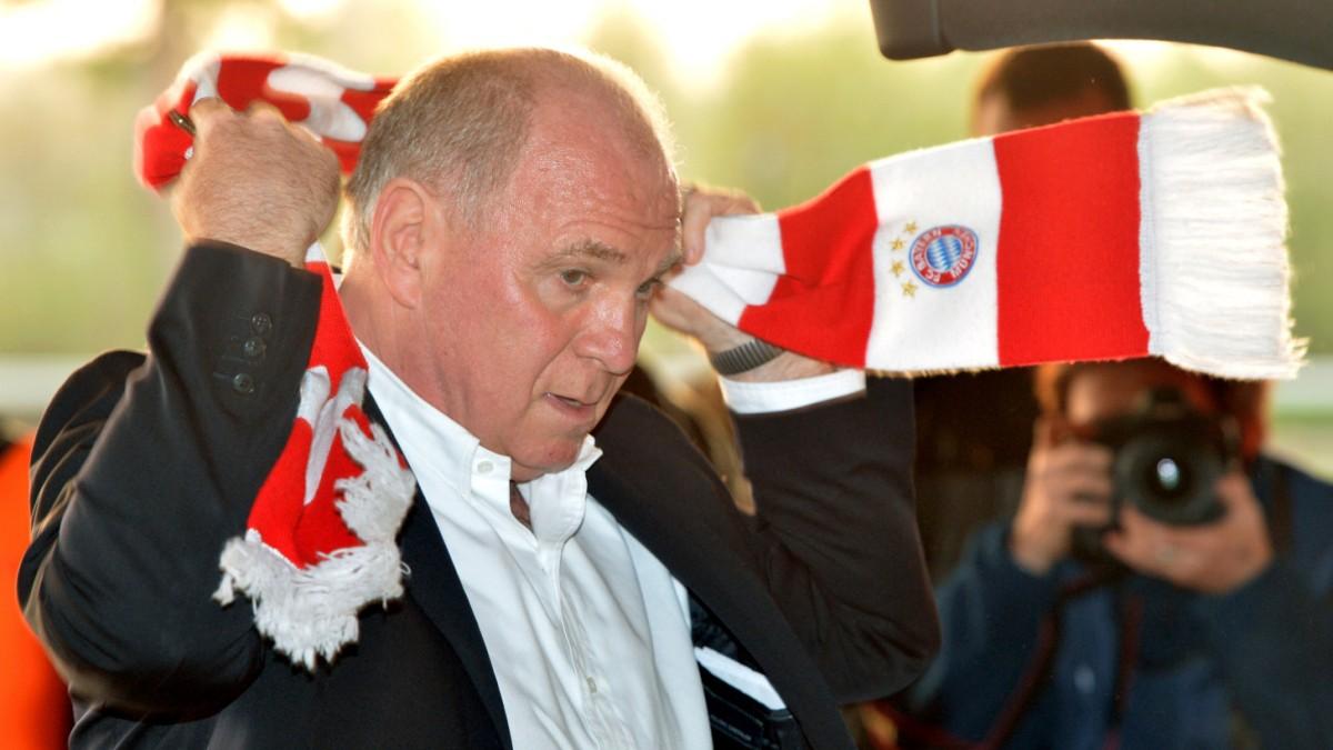 Uli Hoeneß: Der Patriarch mit dem rot-weißen Schal