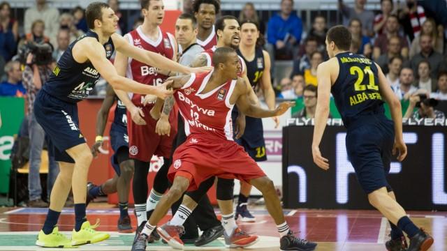 Basketball, FC Bayern (FCB) - ALBA Berlin (B), Bundesliga