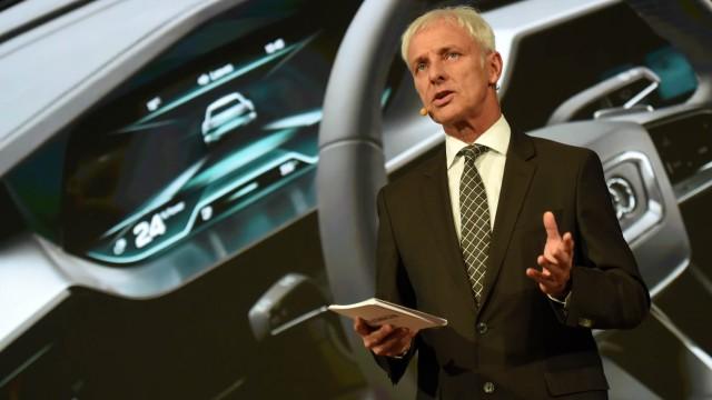 Genfer Auto-Salon 2016 - Vorstandschef Matthias Müller beim VW-Konzernabend