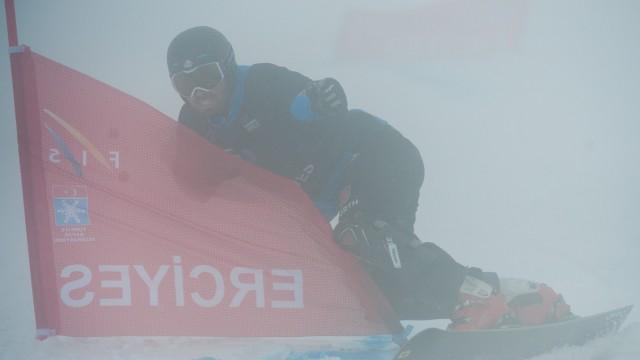 FIS Snowboard World Cup - Kayseri TUR - PGS; bussler