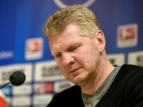 01 03 2016 xfux Fussball 2 Bundesliga Karlsruher SC SC Paderborn emspor v l Trainer Stefan E