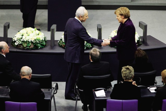 Peres Adresses Bundestag On International Holocaust Remembrance Day; Shimon Peres 4