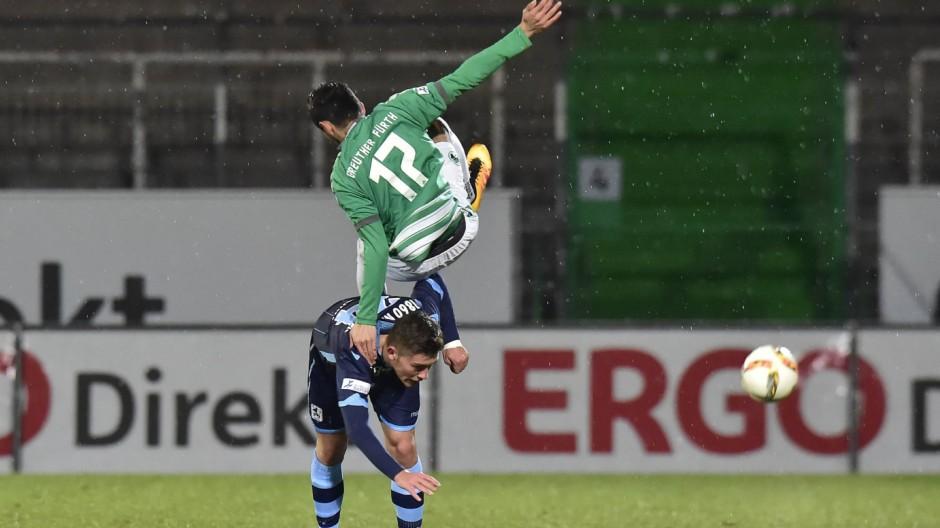 02 03 2016 Fussball Saison 2015 2016 Regionalliga Bayern 22 Spieltag SpVgg Greuther Fürth