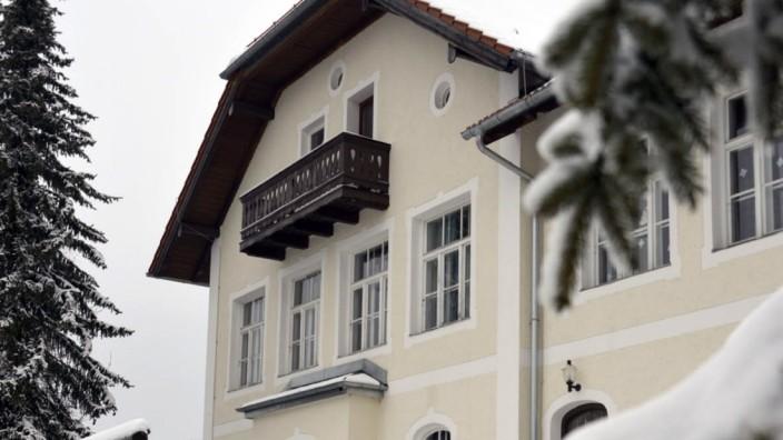 Straßlach-Dingharting - Altes Haus mit Charme - Landkreis ...