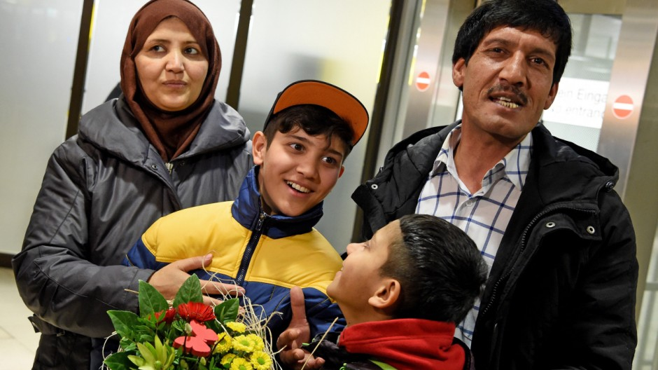 Ankunft des afghanischen Flüchtlingsjungen Mahdi Rabani