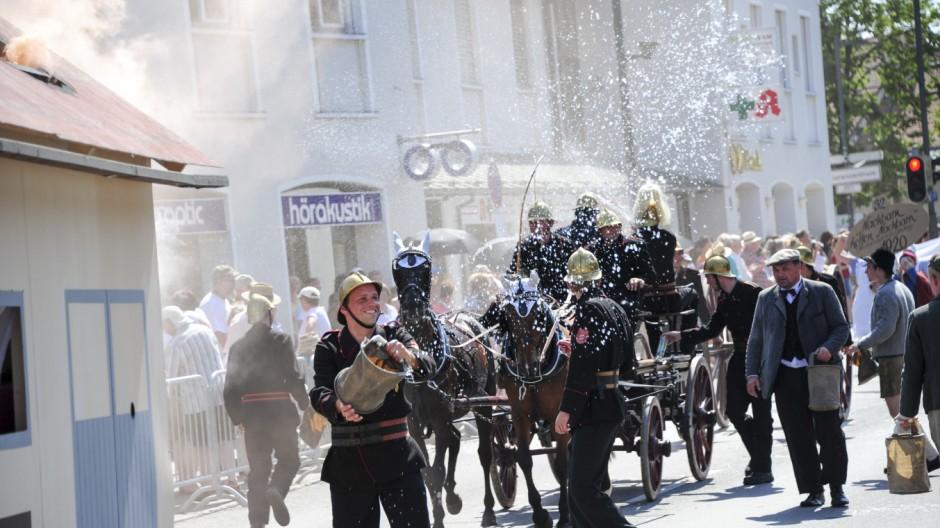 Festzug zur 1100-Jahr-Feier in Garching, 2015