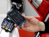 Bezahlen mit Google Pay in einem Geschäft