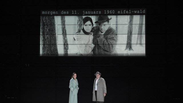 Theater 'I'm searching for I:N:R:I (eine kriegsfuge)