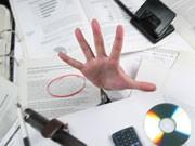 Chaos-Schreibtisch, iStock