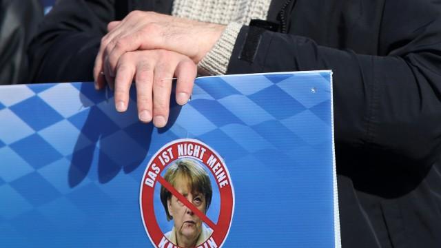 Demonstration gegen Asylpolitik