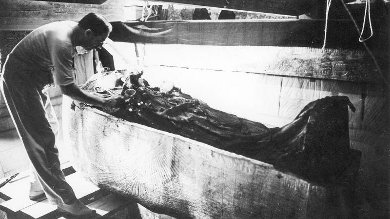 Howard Carter, 1922; tut*nchamun